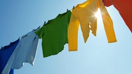 Como-lavar-ropa-de-color-sin-estropearla-2